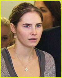 Amanda Knox Signs with Book Agent