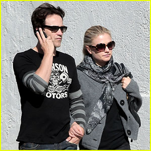 Anna Paquin & Stephen Moyer: Mercede's Grille Mates