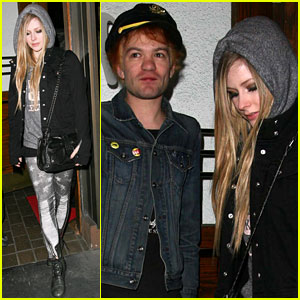 Avril Lavigne: Dinner with Ex-Husband Deryck Whibley!