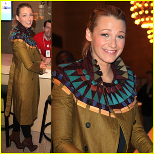 Blake Lively: Apple Store Grand Central Opening!