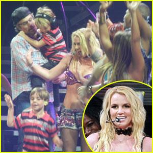 Britney Spears: 'Femme Fatale' Tour Ends