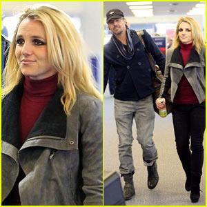 Britney Spears: Kiwi Strawberry Twist!