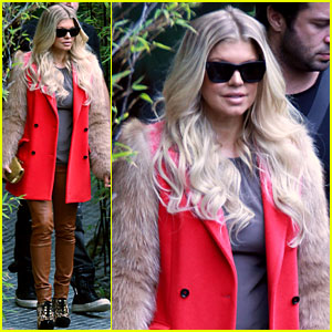 Fergie: Fur Sleeved Coat in LA!
