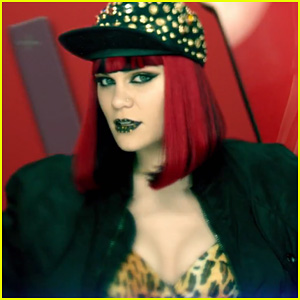 Jessie J: 'Domino' Video Premiere!