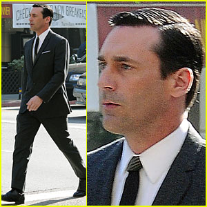 Jon Hamm Suits Up for 'Mad Men'