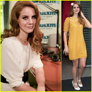 Lana Del Rey: Kurt Cobain 'Stopped Me Dead In My Tracks'