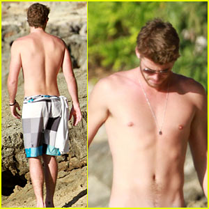Liam Hemsworth: Shirtless for Miley Cyrus!