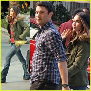 Megan Fox & Brian Austin Green: Lakers Game on Christmas!