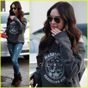Megan Fox Lunches at Le Pain Quotidien