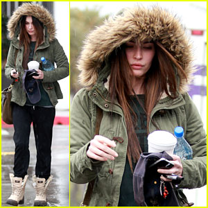 Megan Fox: Rainy Salon Day