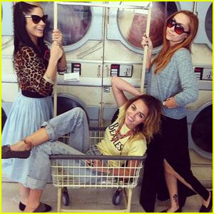 Miley Cyrus: Laundromat Photoshoot!