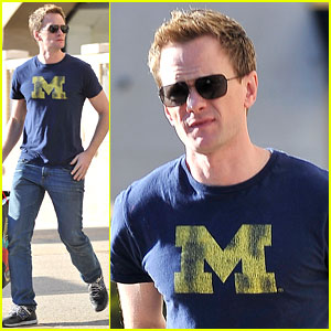 http://cdn01.cdn.justjared.com/wp-content/uploads/headlines/2011/12/neil-patrick-harris-shops-gagas-workshop.jpg