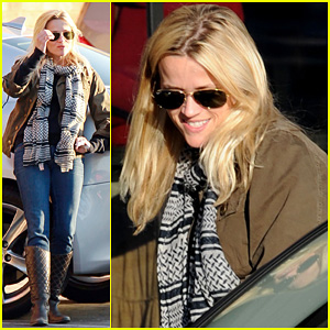 Reese Witherspoon: Day Out with Dad!