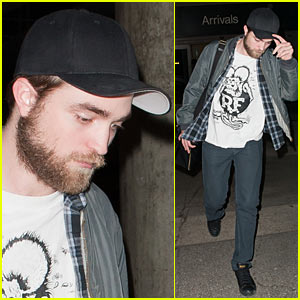Robert Pattinson  Angeles on Robert Pattinson  Los Angeles For New Year   S Eve    Robert Pattinson