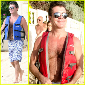 Simon Cowell: Shirtless in Barbados!