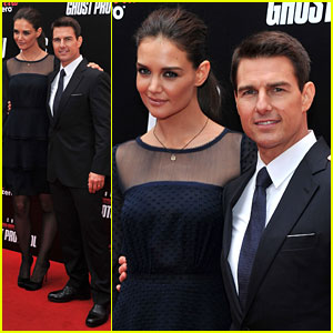 Tom Cruise: 'Ghost Protocol' Premiere with Katie Holmes!