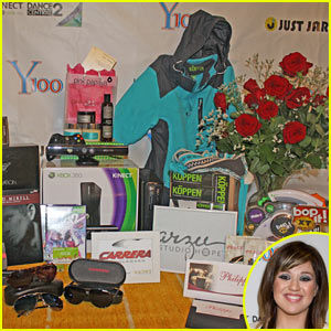 Win a FREE XBox 360 from Y100's Jingle Ball!