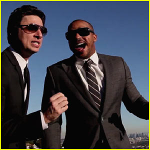 Zach Braff & Donald Faison Sing 'Baby It's Cold Outside'