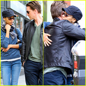 Zoe Saldana: Office Visit With Ex