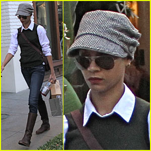 Zoe Saldana: The Grove Girl
