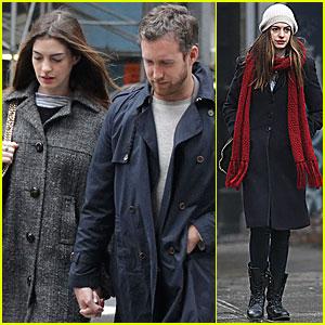 Anne Hathaway & Adam Shulman: Midtown Mates