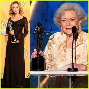 Betty White & Jessica Lange - SAG Awards Winners!