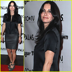 Courteney Cox: 'Cougar Town' Viewing Party in Las Vegas!
