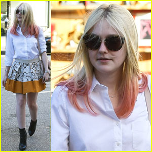 Dakota Fanning: Hot Pink Tips!