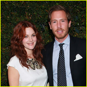 Drew Barrymore: Engaged to Will Kopelman!