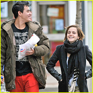 Emma Watson: Oxford Weekend with a Guy Friend!