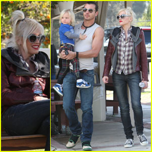 Gwen Stefani: Farm Family Time!