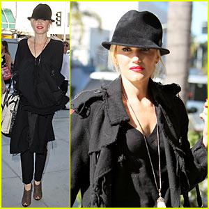 Gwen Stefani: Porta Via with No Doubt