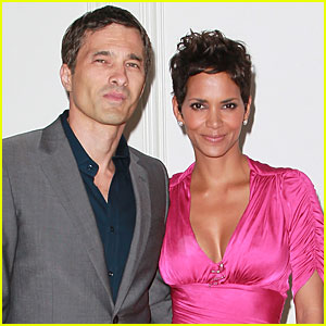 Halle Berry: Engaged to Olivier Martinez?