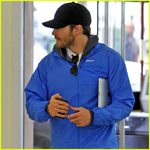 Jake Gyllenhaal: Beverly Hills Doctor's Appointment