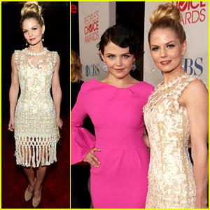 Jennifer Morrison & Ginnifer Goodwin - People's Choice Awards 2012 Red Carpet
