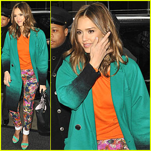 Jessica Alba: 'Live with Kelly'!