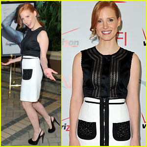 Jessica Chastain: AFI Awards 2012 Red Carpet