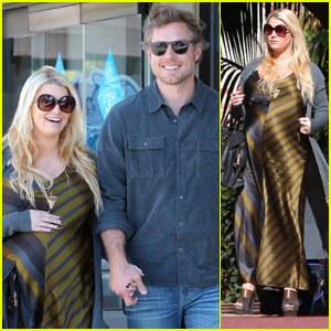Jessica Simpson: Santa Barbara For the Weekend!