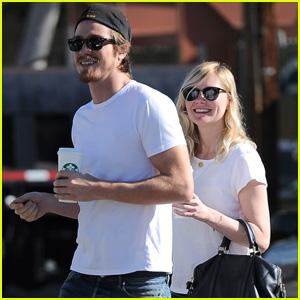 Kirsten Dunst: Starbucks Stop with Garrett Hedlund!