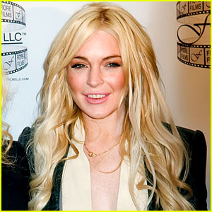 Lindsay Lohan To Play Elizabeth Taylor in TV Movie?