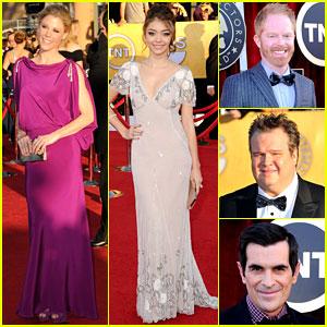 'Modern Family' Cast Wins at SAG Awards 2012!
