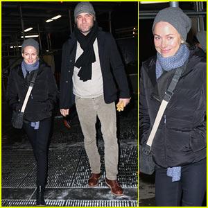 Naomi Watts: Knicks Game with Liev Schreiber!
