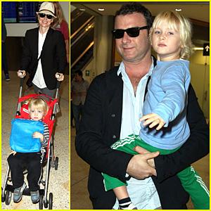 Naomi Watts & Liev Schreiber: Sydney Arrival with the Boys!