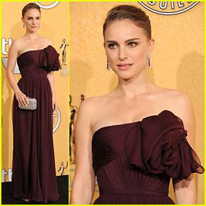 Natalie Portman: SAG Awards 2012 Press Room