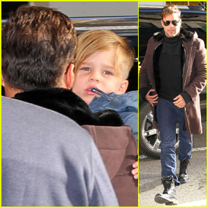 Ricky Martin Takes the Twins to Nello