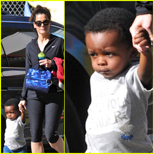 Sandra Bullock & Louis: Preschool Pickup!