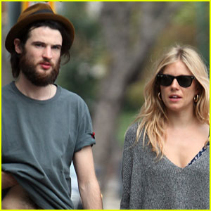 Sienna Miller: Pregnant With First Child?