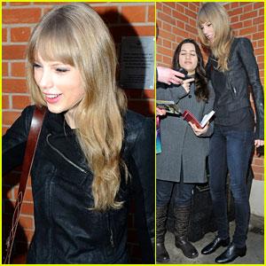 Taylor Swift: Three ACM Award Nominations!