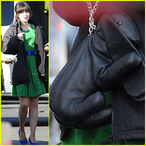 Zooey Deschanel: Bunny Bag!