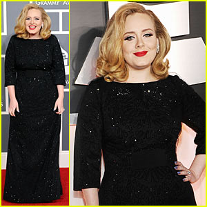 Adele - Grammys 2012 Red Carpet